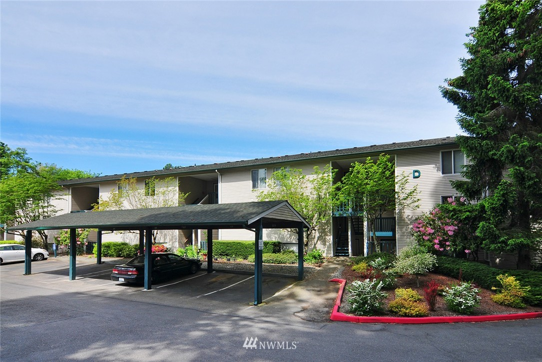Sold Property   17431 Ambaum Boulevard S #D47 Burien, WA 98148 15