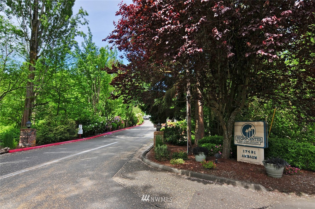 Sold Property   17431 Ambaum Boulevard S #D47 Burien, WA 98148 16