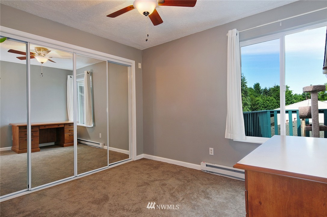 Sold Property   17431 Ambaum Boulevard S #D47 Burien, WA 98148 6