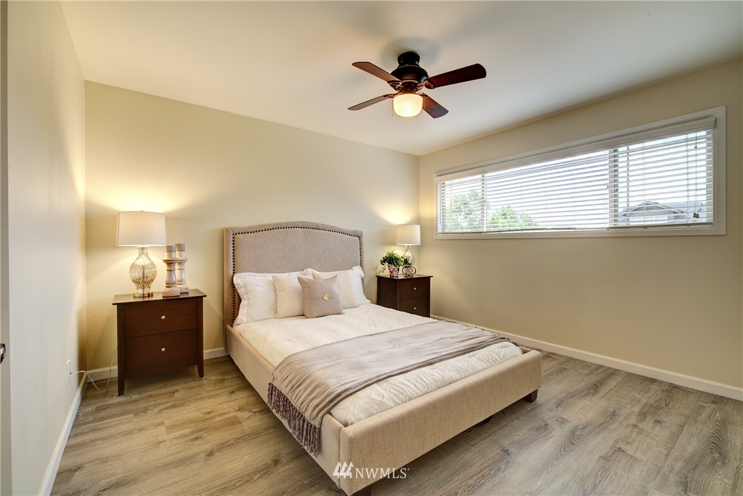 Sold Property | 3636 Evanston Avenue N #13 Seattle, WA 98103 6