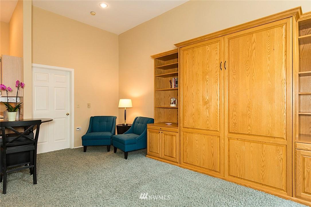 Sold Property   3028 Western Avenue #315 Seattle, WA 98121 7