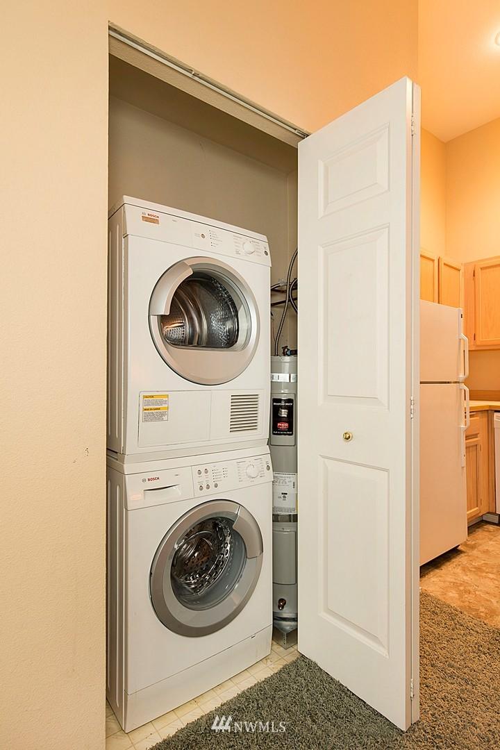 Sold Property   3028 Western Avenue #315 Seattle, WA 98121 10