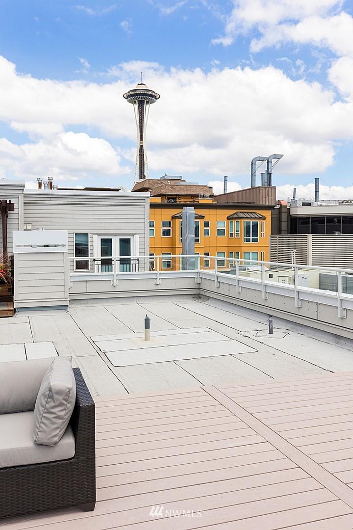 Sold Property   3028 Western Avenue #315 Seattle, WA 98121 15