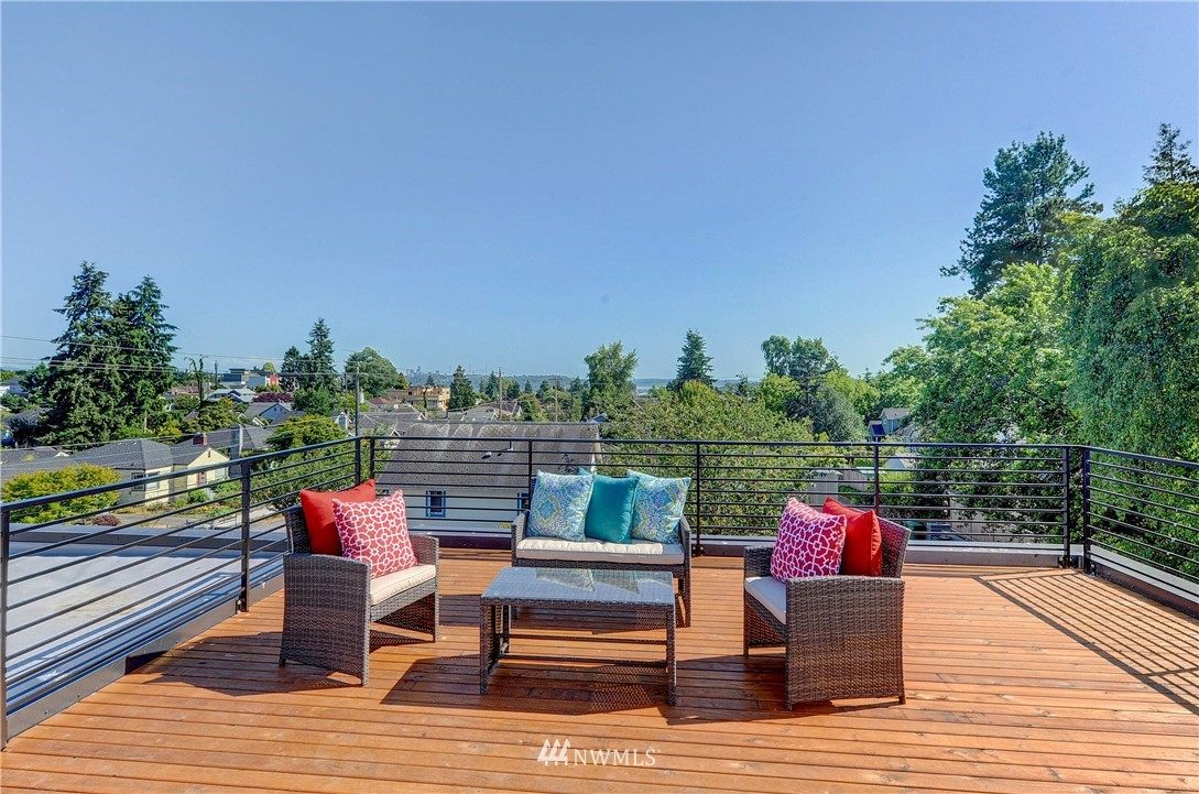 Sold Property | 8033 17th Avenue NW Seattle, WA 98117 21