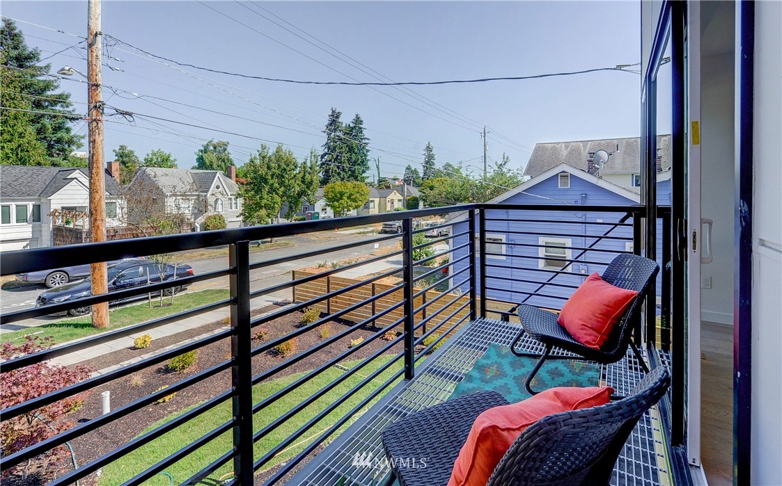 Sold Property | 8033 17th Avenue NW Seattle, WA 98117 20