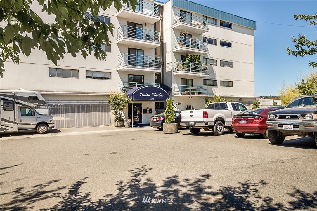 Sold Property | 2301 Fairview Avenue E #316A Seattle, WA 98102 1