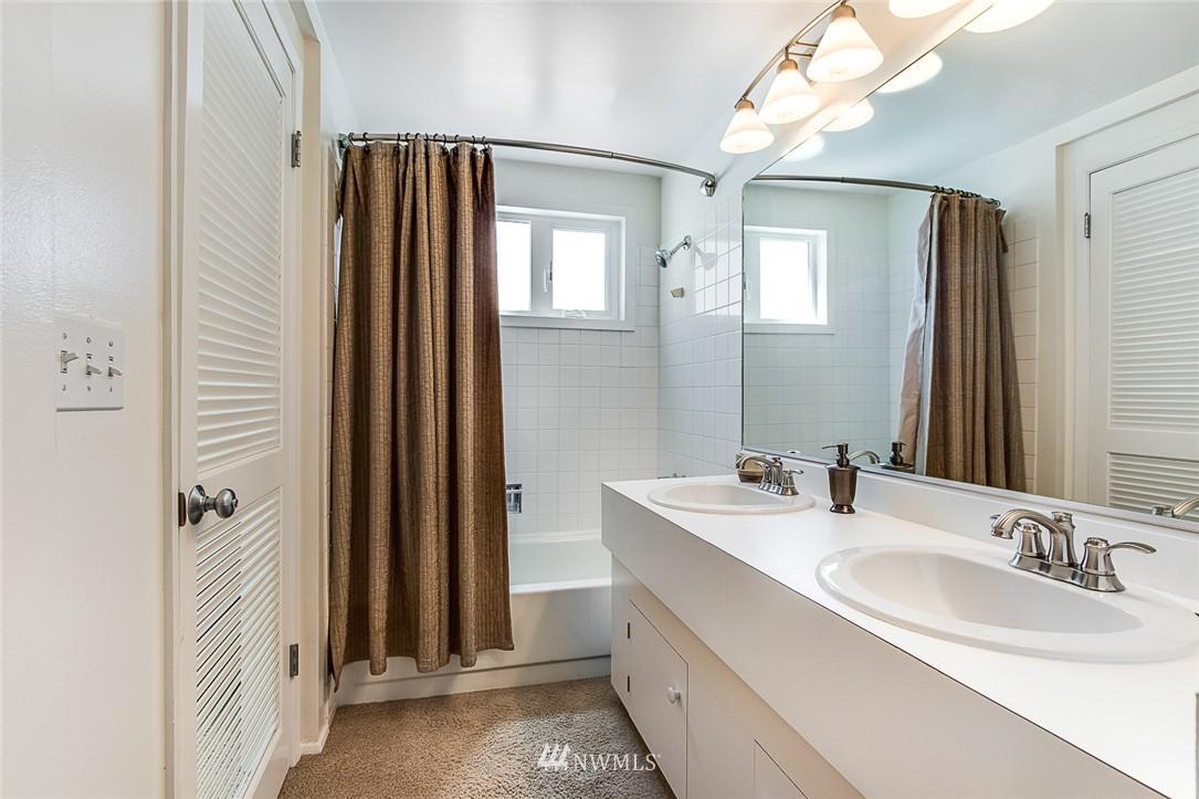 Sold Property | 2301 Fairview Avenue E #316A Seattle, WA 98102 11