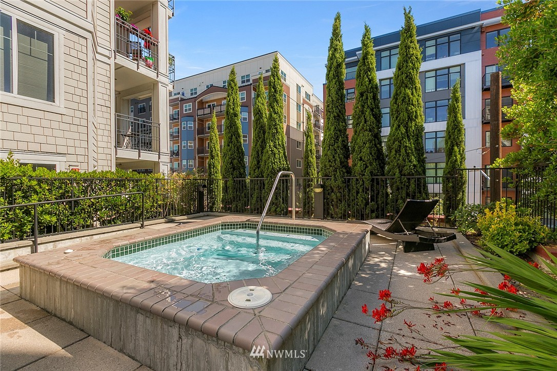 Sold Property | 1525 NW 57th Street #503 Seattle, WA 98107 13