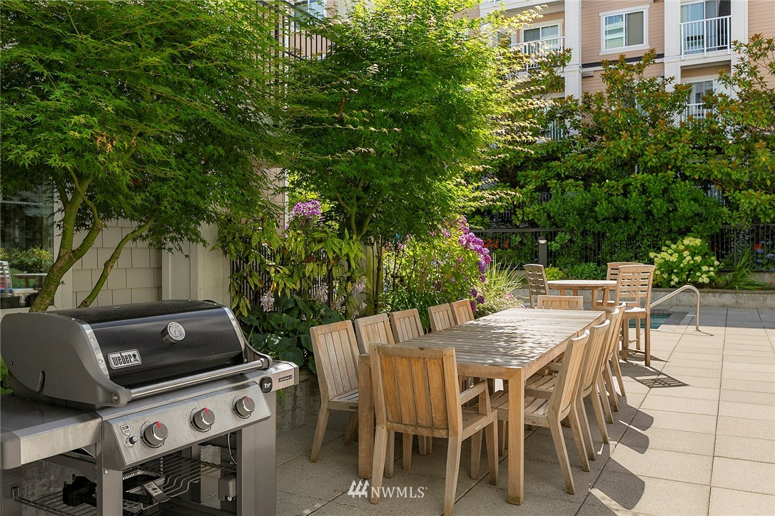 Sold Property | 1525 NW 57th Street #503 Seattle, WA 98107 16