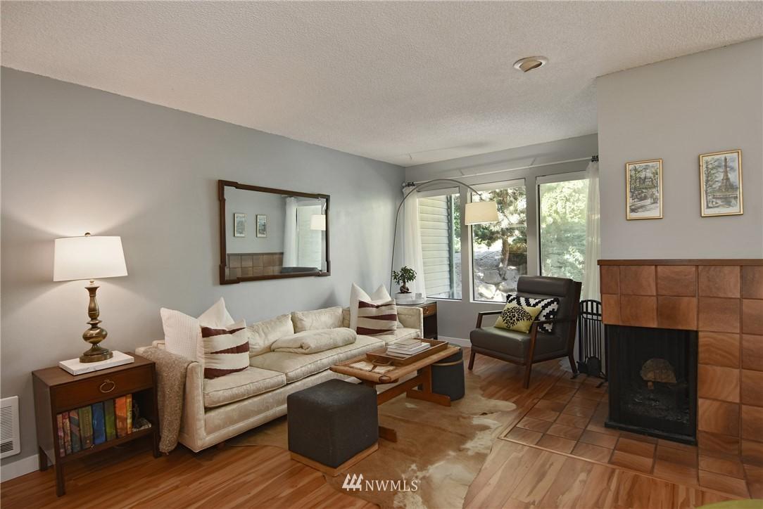 Sold Property   2001 E Yesler Way #48 Seattle, WA 98122 3