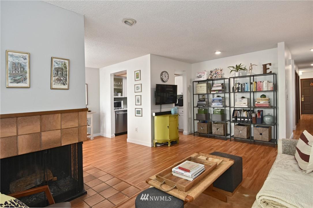 Sold Property   2001 E Yesler Way #48 Seattle, WA 98122 6
