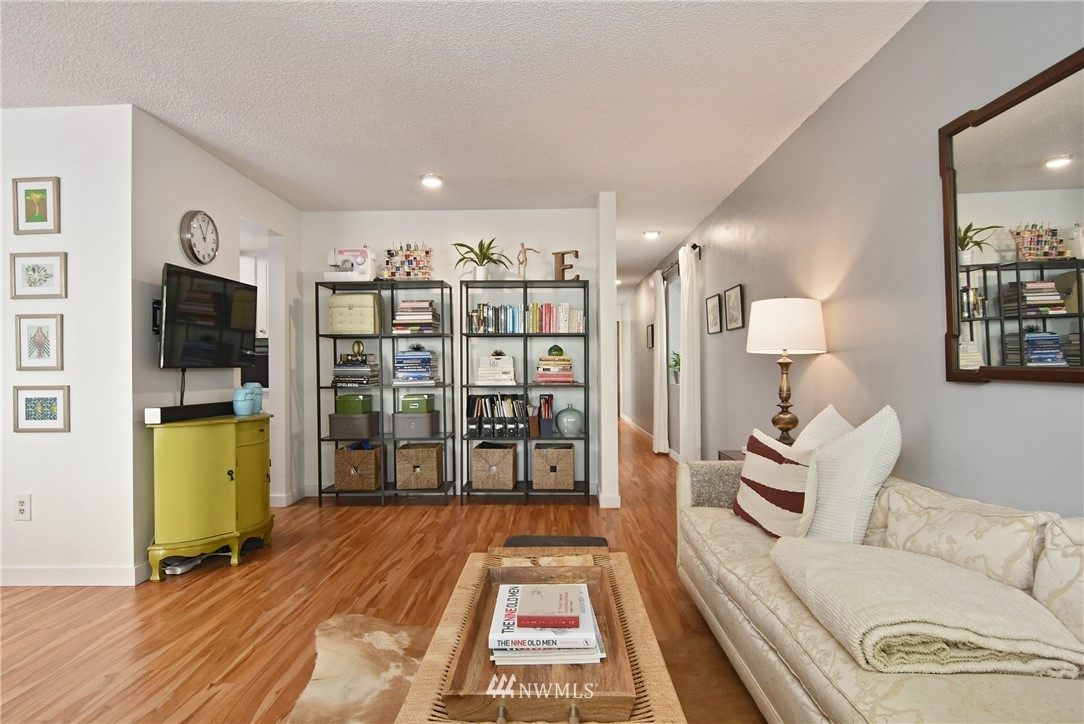 Sold Property   2001 E Yesler Way #48 Seattle, WA 98122 7