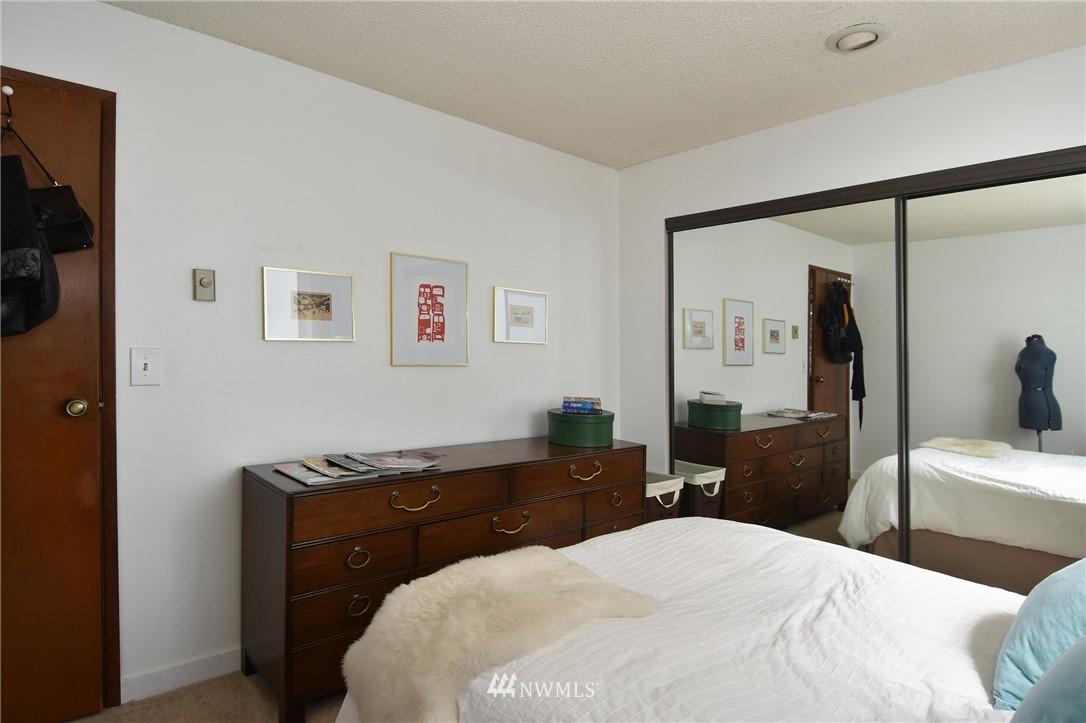 Sold Property   2001 E Yesler Way #48 Seattle, WA 98122 14