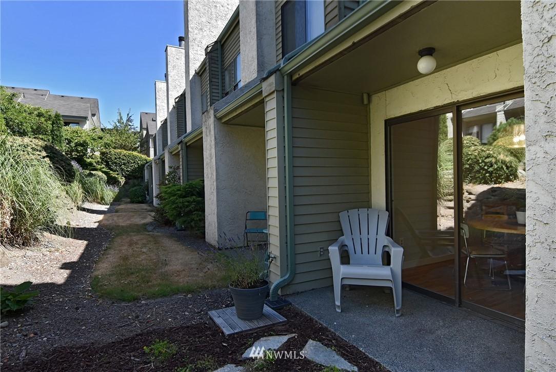 Sold Property   2001 E Yesler Way #48 Seattle, WA 98122 16
