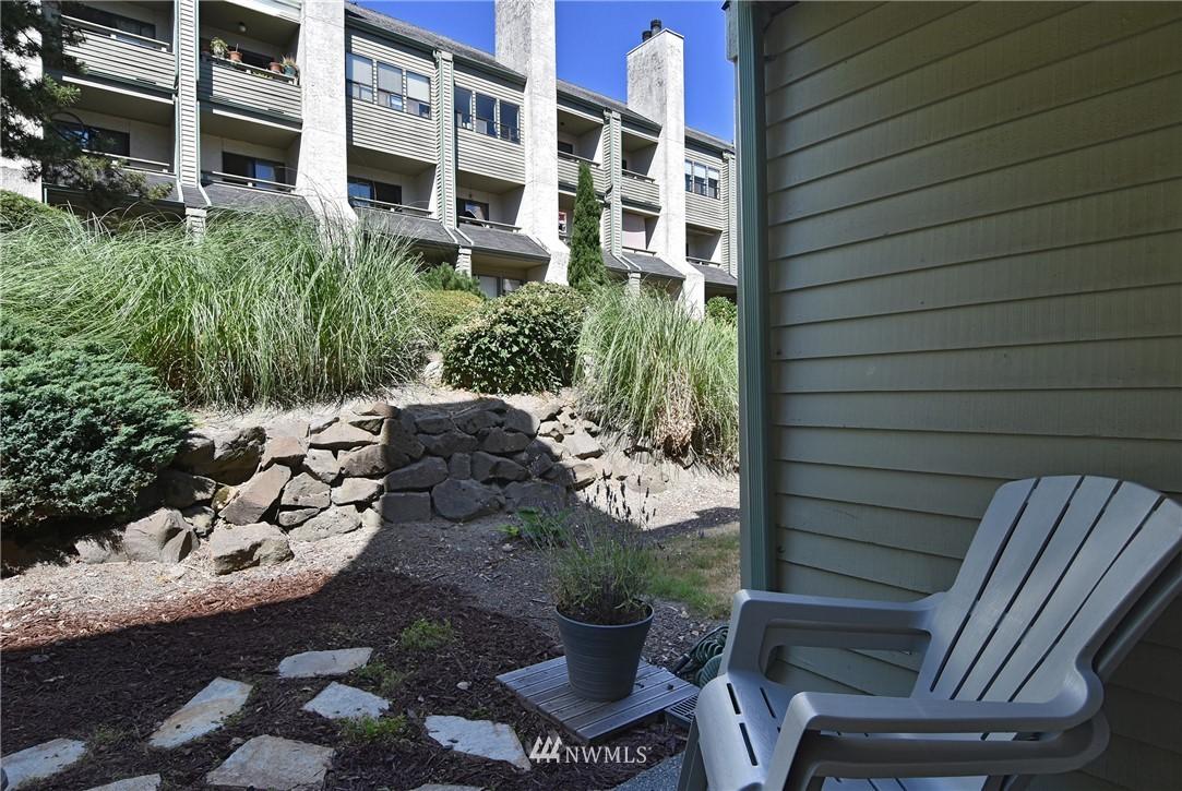 Sold Property   2001 E Yesler Way #48 Seattle, WA 98122 18