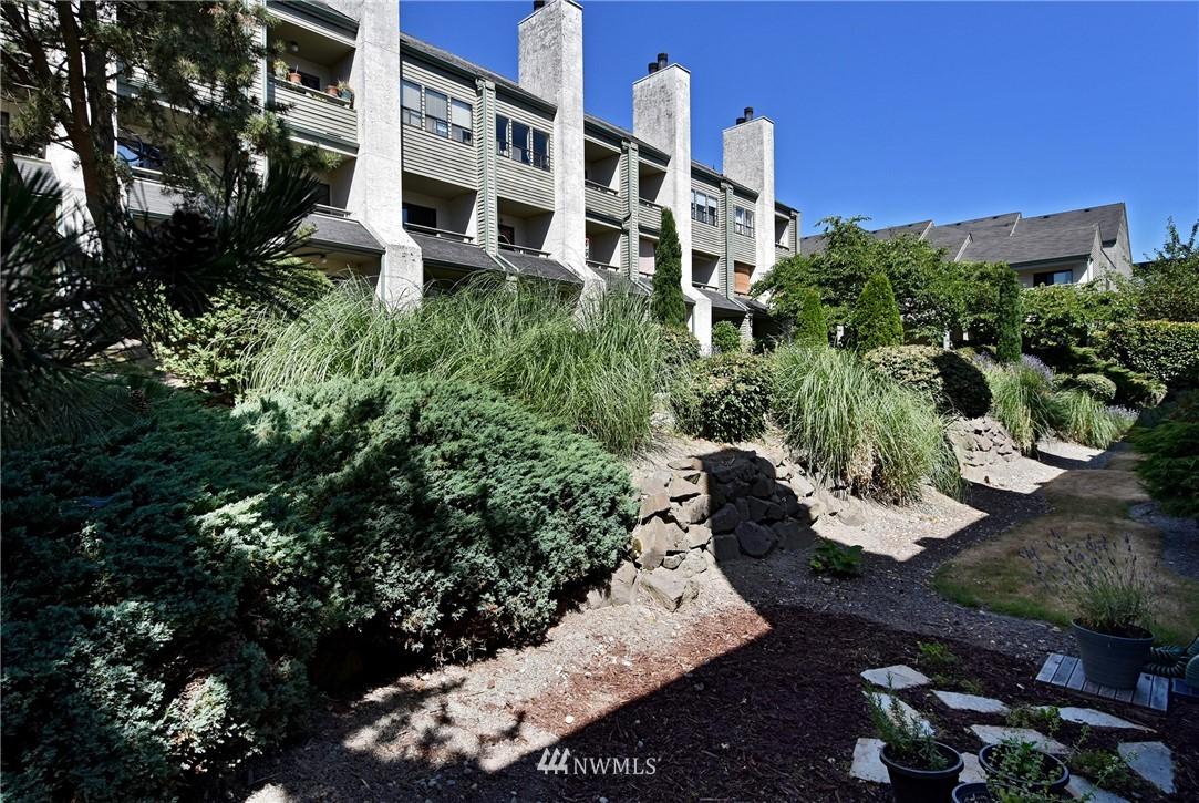 Sold Property   2001 E Yesler Way #48 Seattle, WA 98122 19