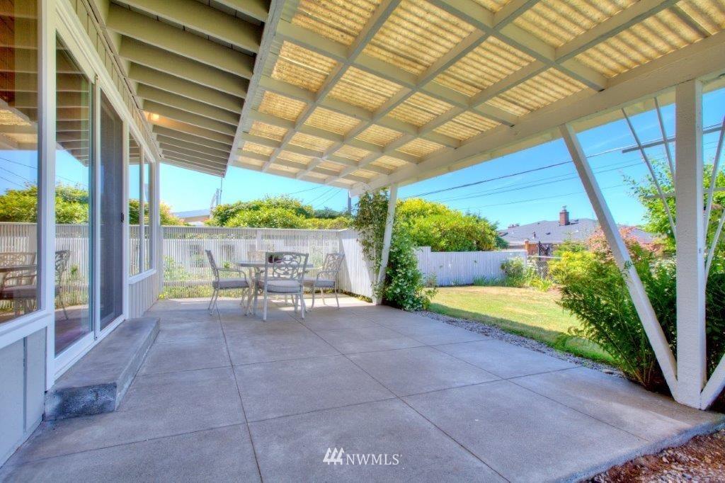Sold Property   8649 21st Avenue NW Seattle, WA 98117 14