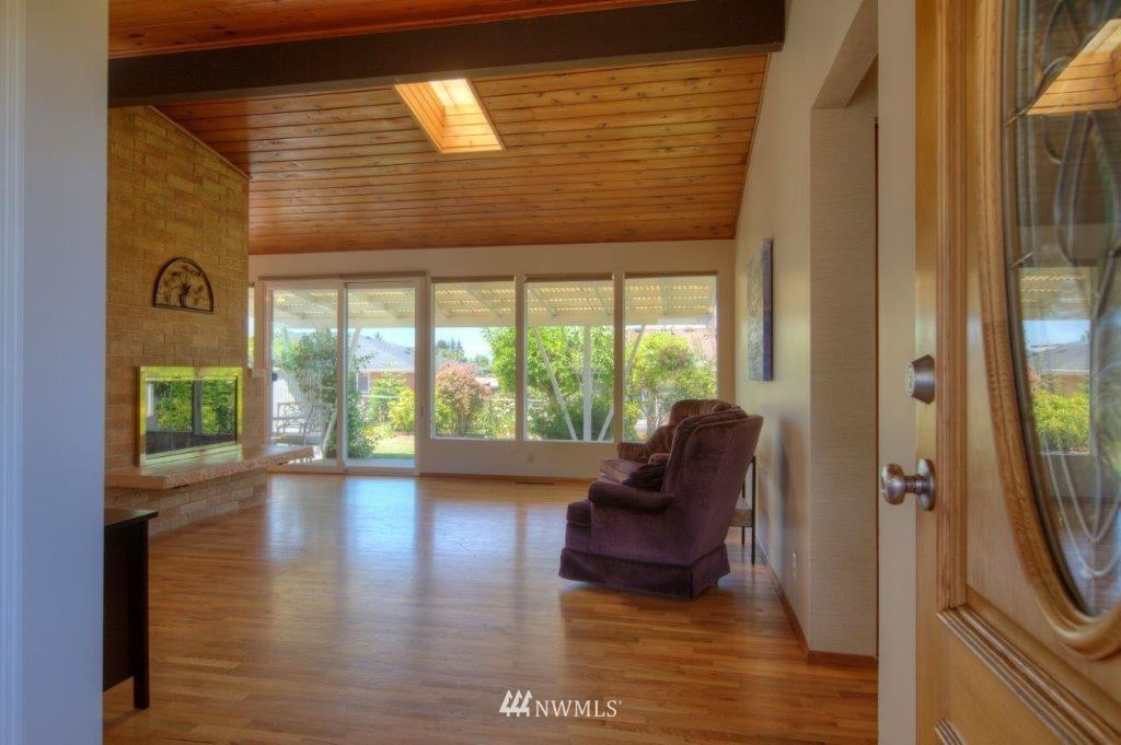 Sold Property   8649 21st Avenue NW Seattle, WA 98117 2