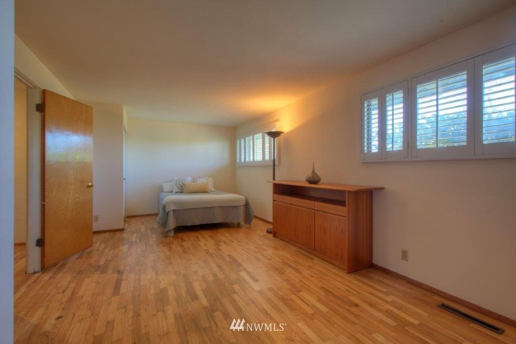 Sold Property   8649 21st Avenue NW Seattle, WA 98117 9
