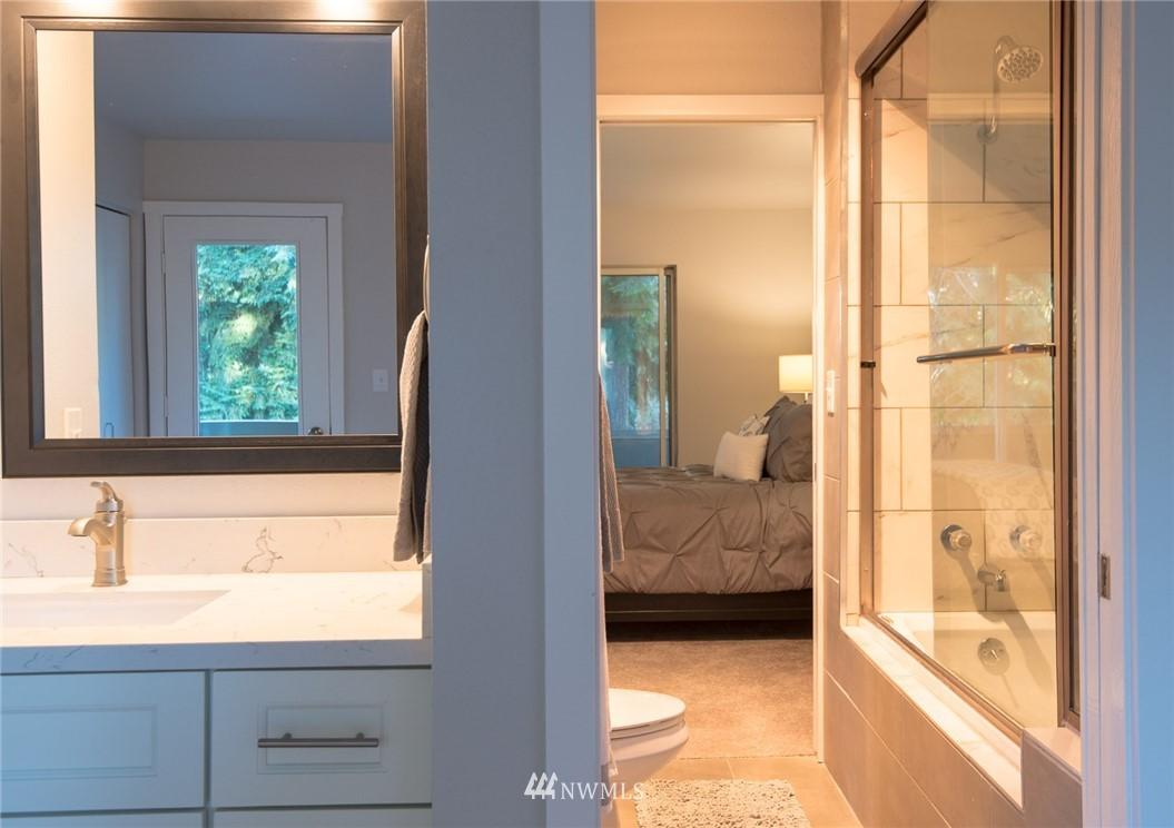 Sold Property | 17001 Inglewood Road NE #M212 Kenmore, WA 98028 9