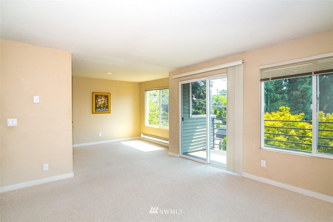 Sold Property | 1311 12th Avenue S #F301 Seattle, WA 98144 4