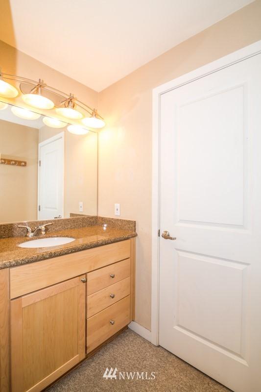 Sold Property | 1311 12th Avenue S #F301 Seattle, WA 98144 11