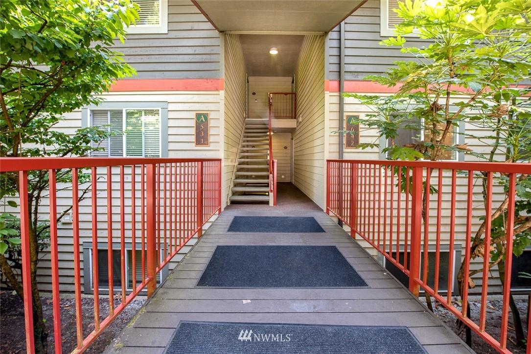 Sold Property | 11052 NE 33rd Place #A4 Bellevue, WA 98004 15