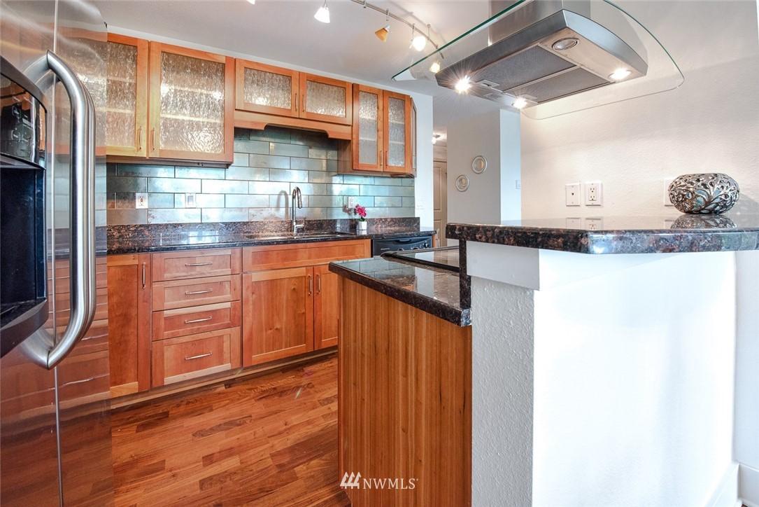Sold Property | 11052 NE 33rd Place #A4 Bellevue, WA 98004 7