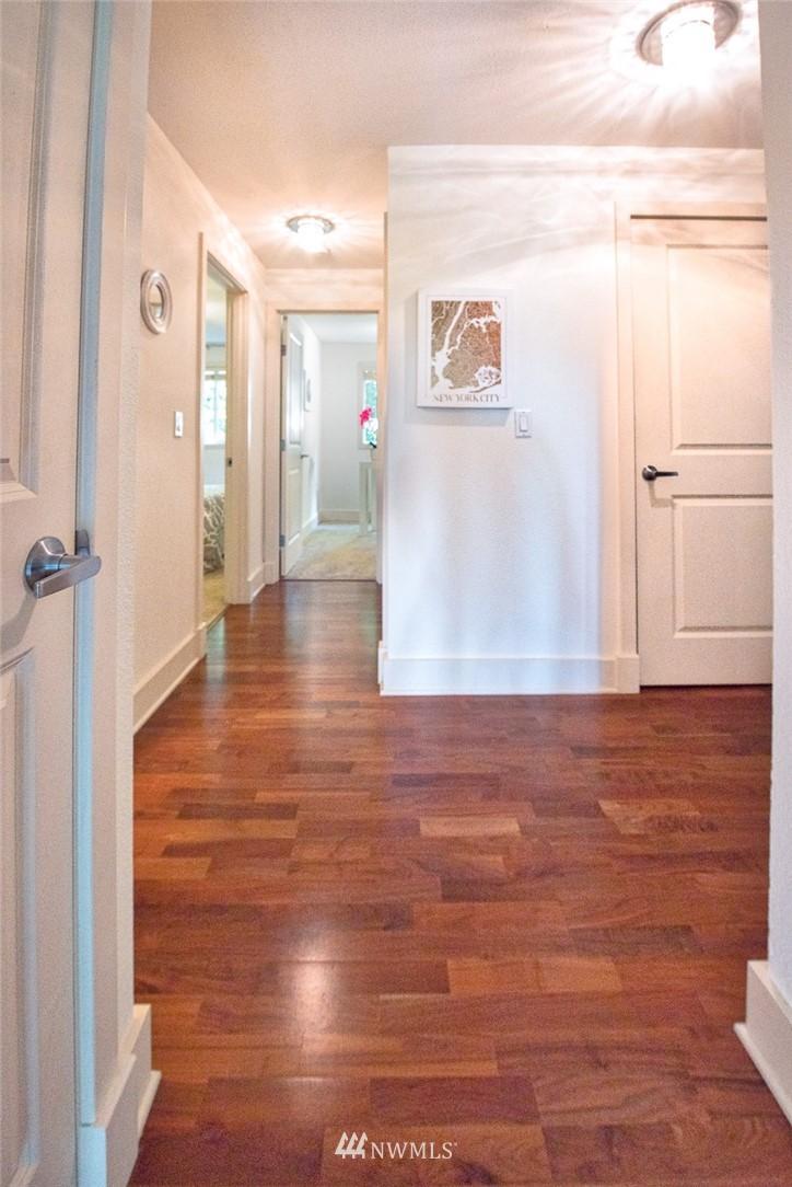 Sold Property | 11052 NE 33rd Place #A4 Bellevue, WA 98004 10