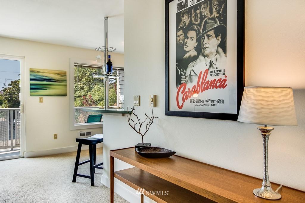 Sold Property | 4310 Dayton Avenue N ##302 Seattle, WA 98103 4