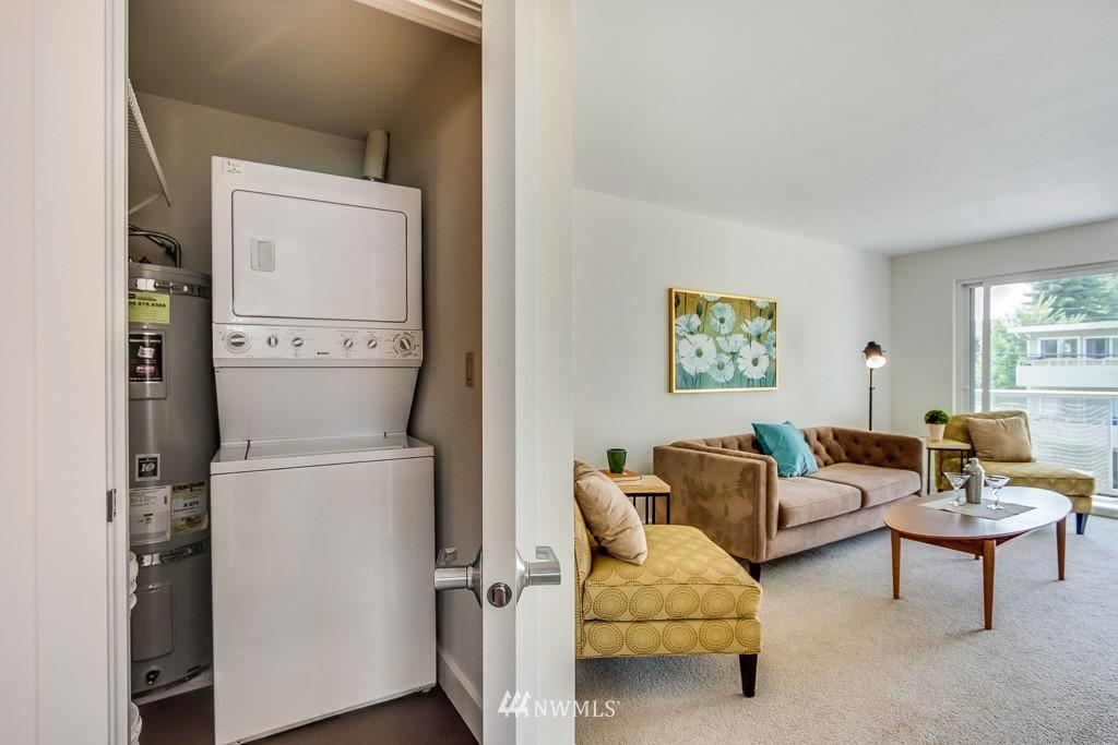 Sold Property | 4310 Dayton Avenue N ##302 Seattle, WA 98103 13