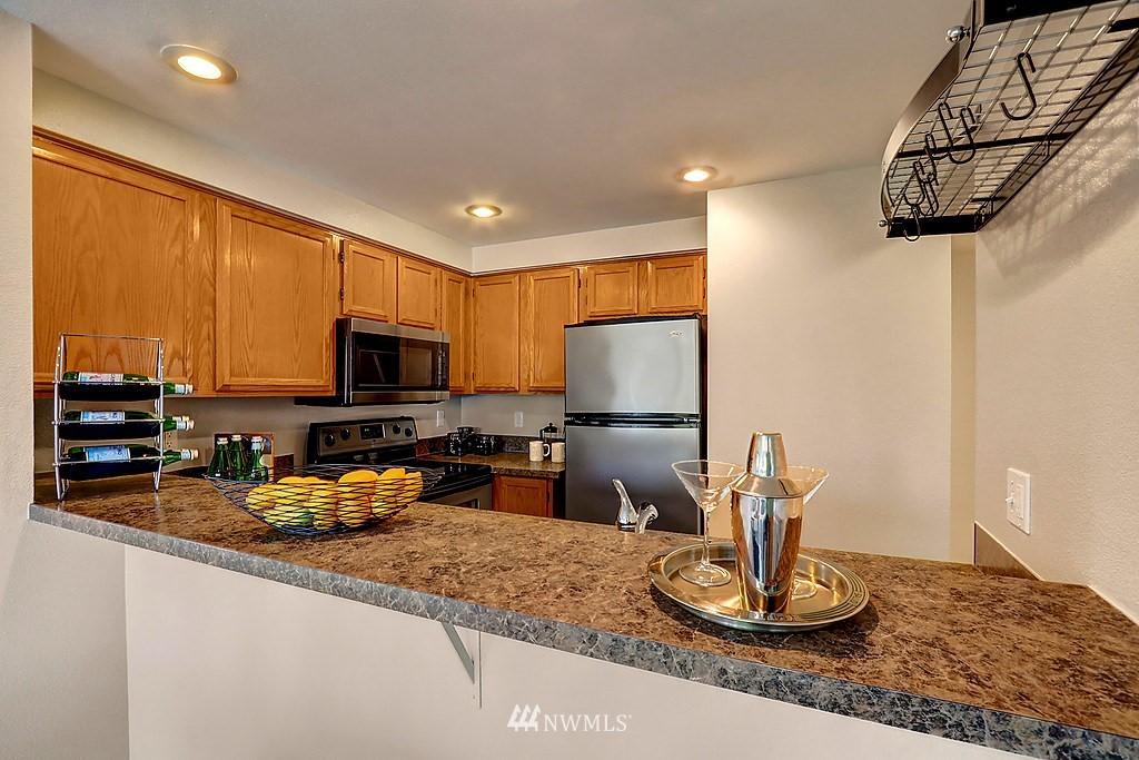 Sold Property | 8820 Nesbit Avenue N #302 Seattle, WA 98103 3
