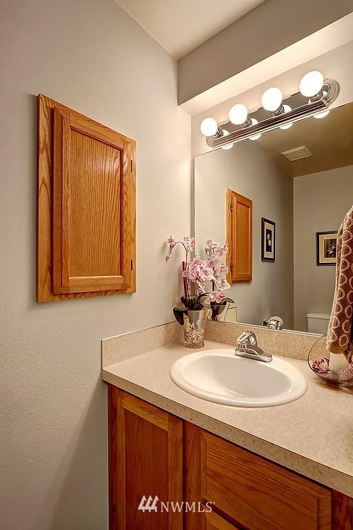 Sold Property | 8820 Nesbit Avenue N #302 Seattle, WA 98103 8