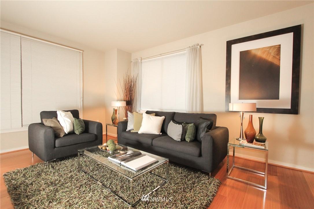 Sold Property | 76 Cedar Street #405 Seattle, WA 98121 4