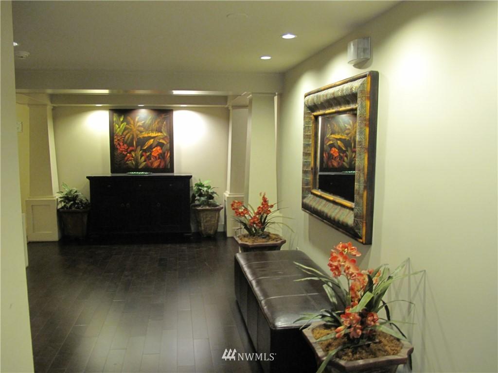 Sold Property | 3411 Wallingford Avenue N #33 Seattle, WA 98103 1