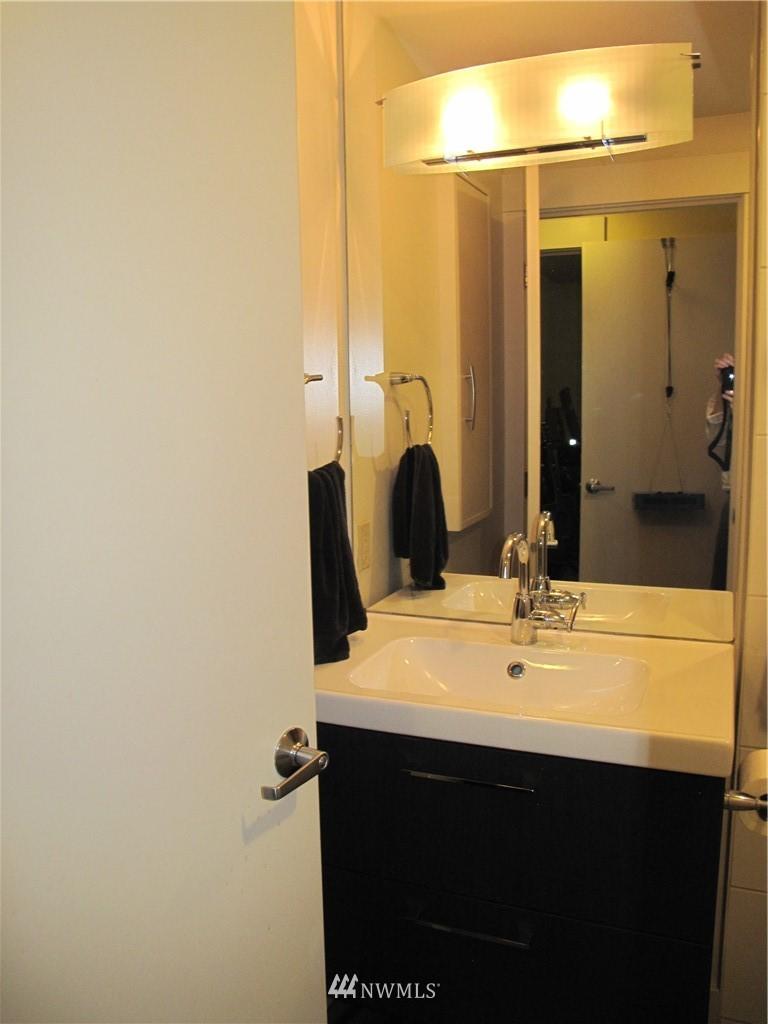 Sold Property | 3411 Wallingford Avenue N #33 Seattle, WA 98103 5