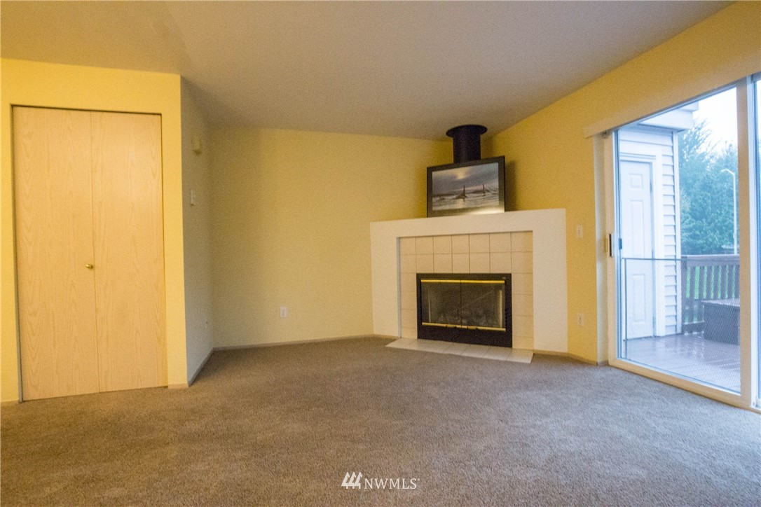 Sold Property   5412 S 236th Place #2-2 Kent, WA 98032 2
