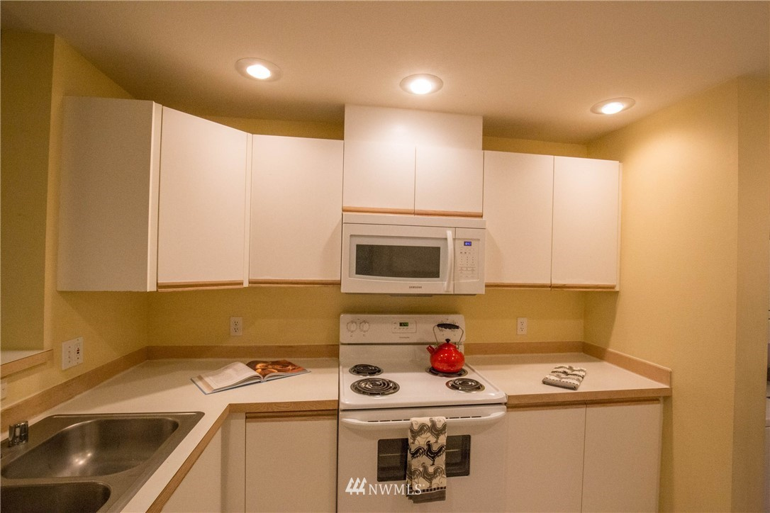 Sold Property   5412 S 236th Place #2-2 Kent, WA 98032 7