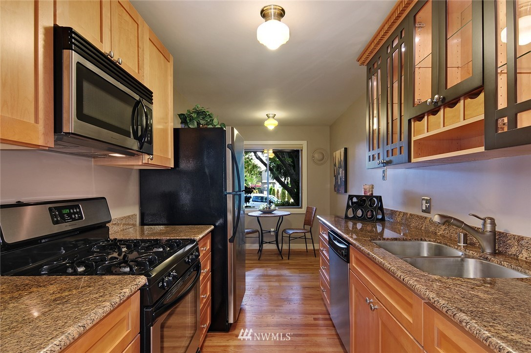 Sold Property   10021 7th Avenue NW #B Seattle, WA 98177 2