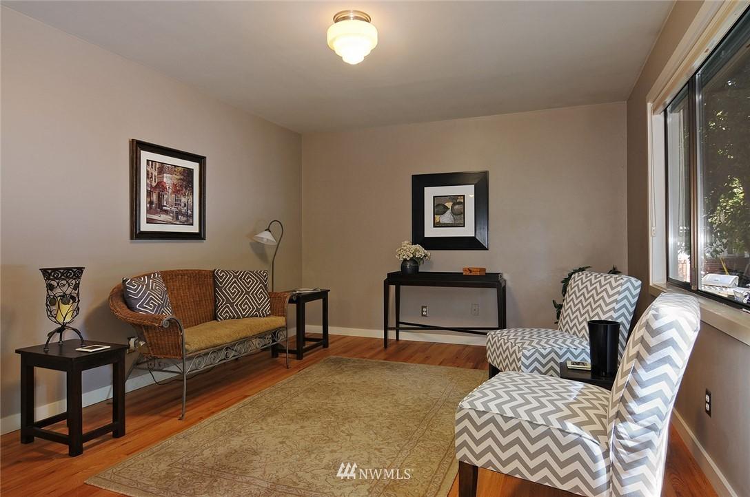 Sold Property   10021 7th Avenue NW #B Seattle, WA 98177 5
