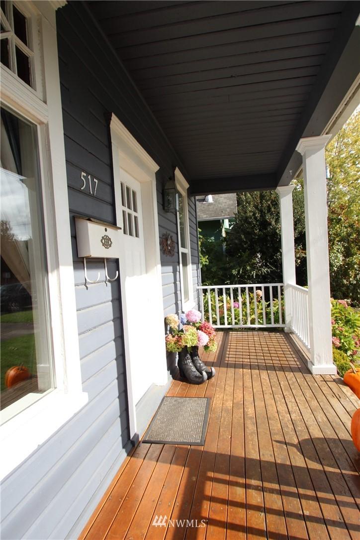 Sold Property | 517 W Meeker Puyallup, WA 98371 2