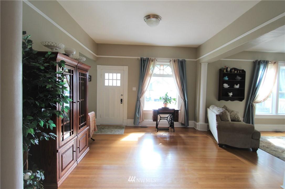 Sold Property | 517 W Meeker Puyallup, WA 98371 7