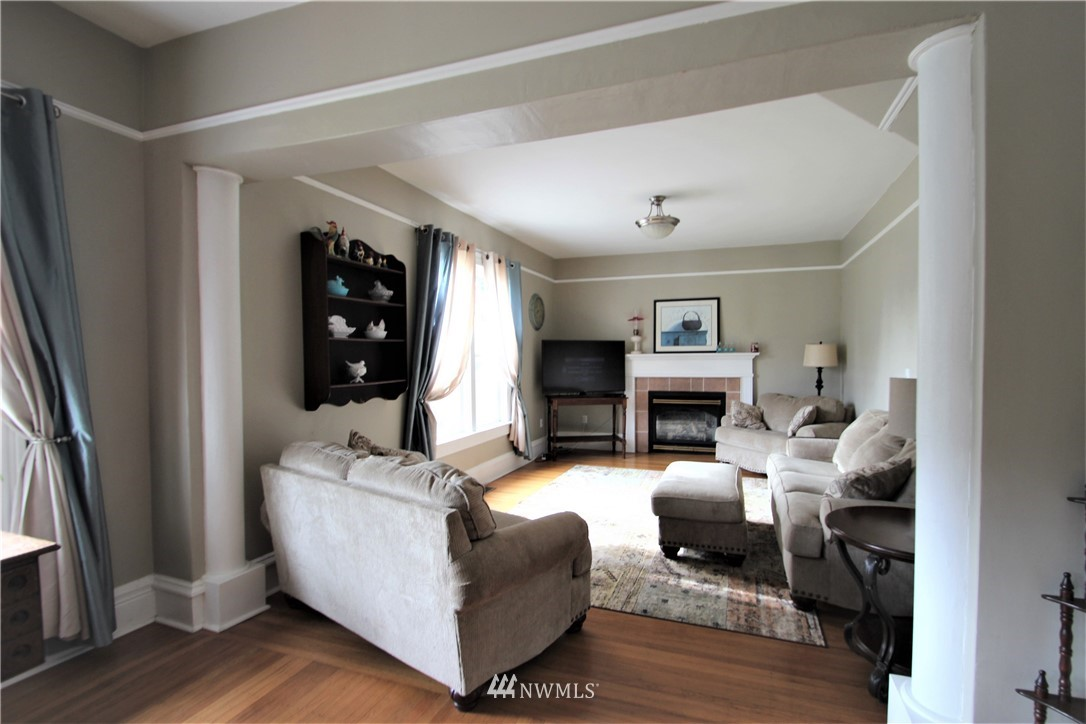 Sold Property | 517 W Meeker Puyallup, WA 98371 8