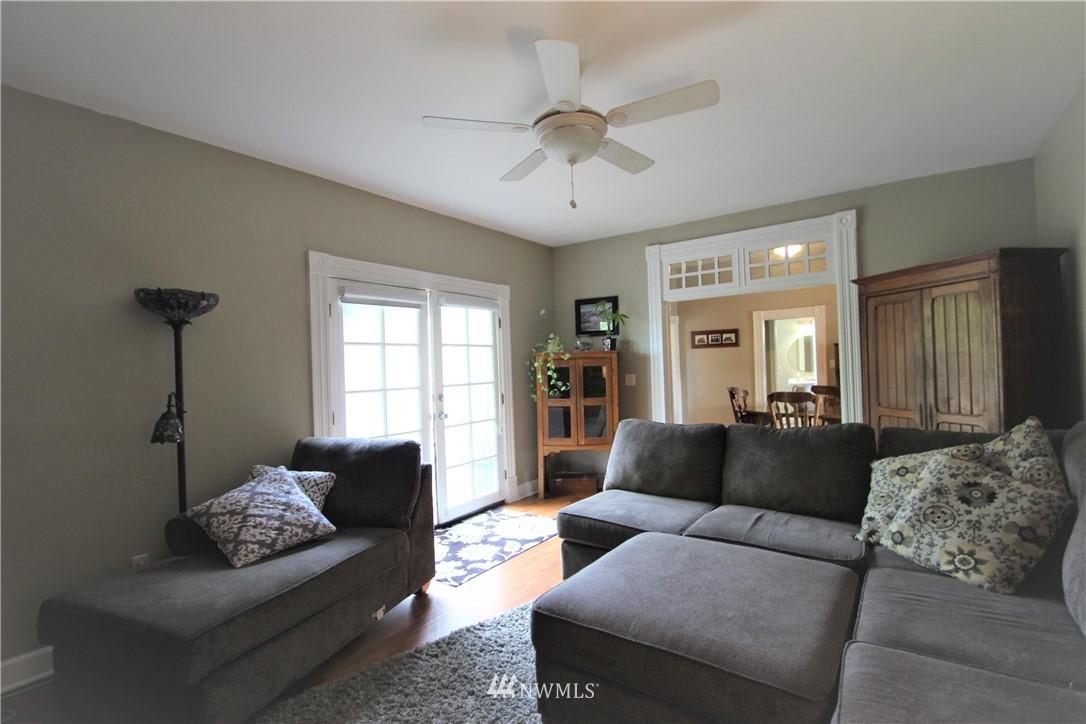 Sold Property | 517 W Meeker Puyallup, WA 98371 12