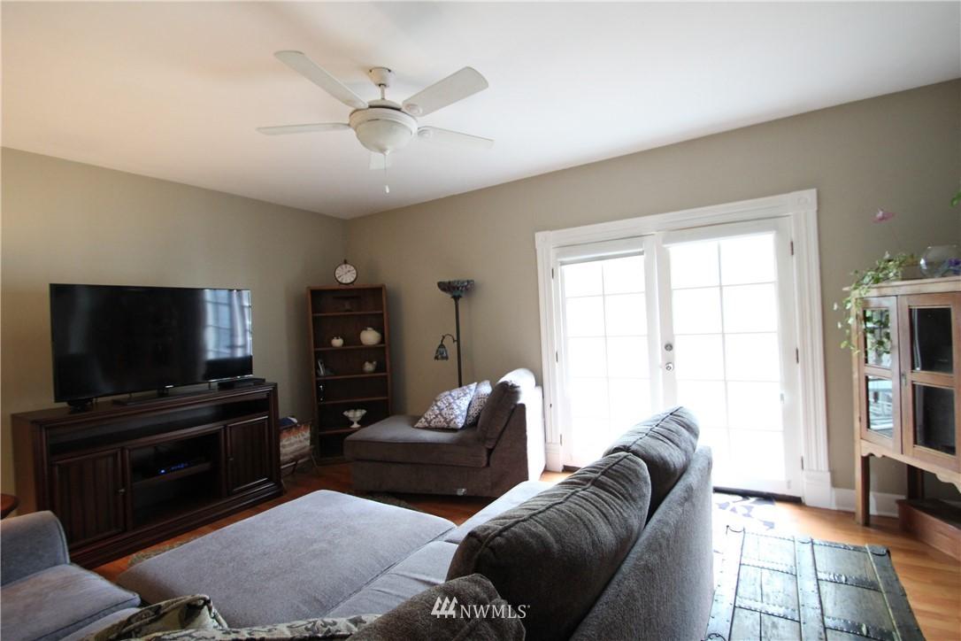 Sold Property | 517 W Meeker Puyallup, WA 98371 13