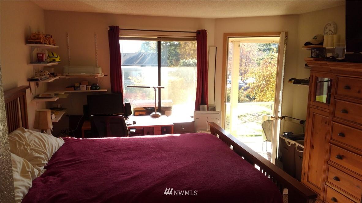 Sold Property | 23001 Lakeview Drive #1-206 Mountlake Terrace, WA 98043 7
