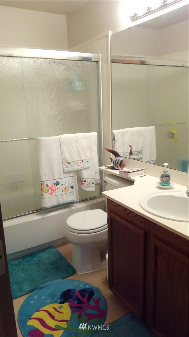 Sold Property | 23001 Lakeview Drive #1-206 Mountlake Terrace, WA 98043 8
