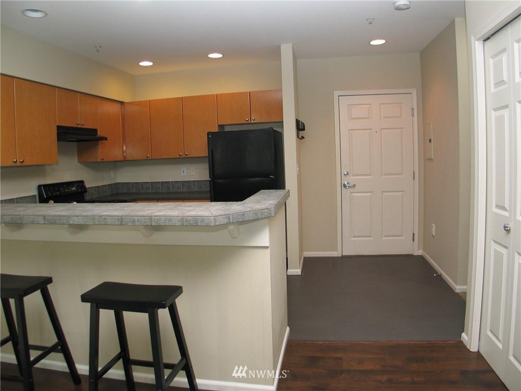 Sold Property | 18 Dravus #203 Seattle, WA 98109 1