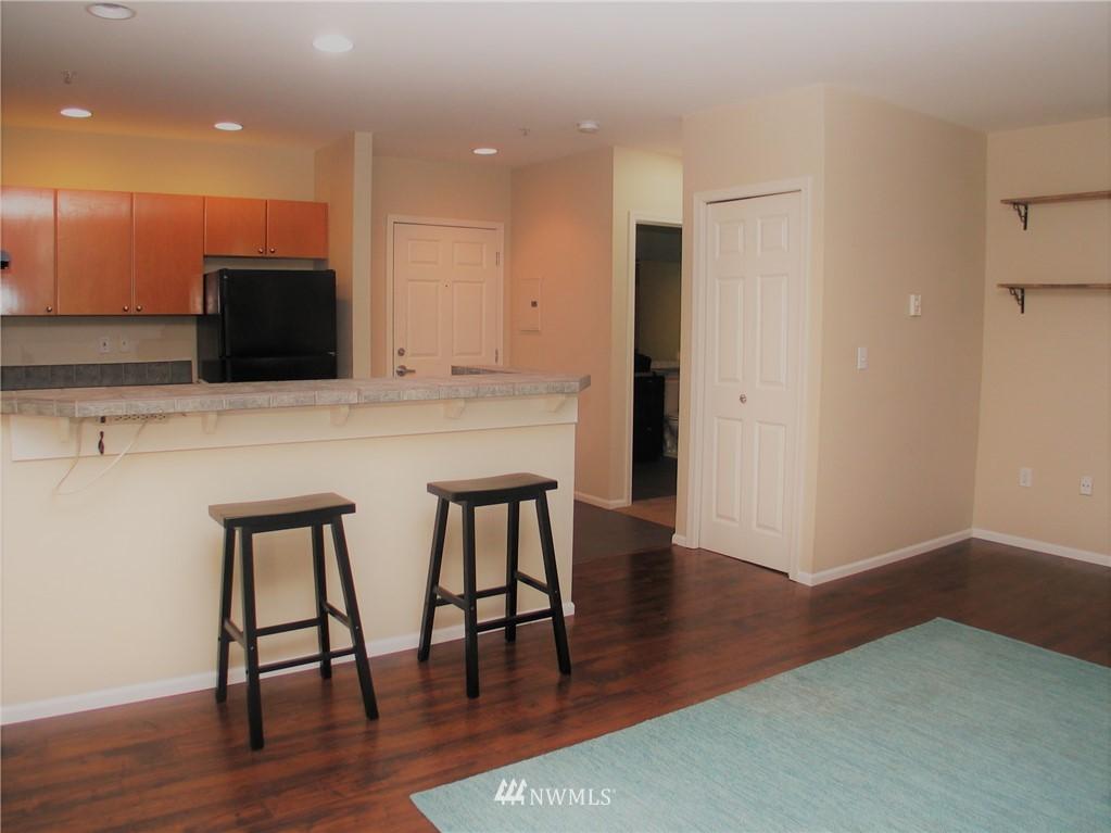 Sold Property | 18 Dravus #203 Seattle, WA 98109 0