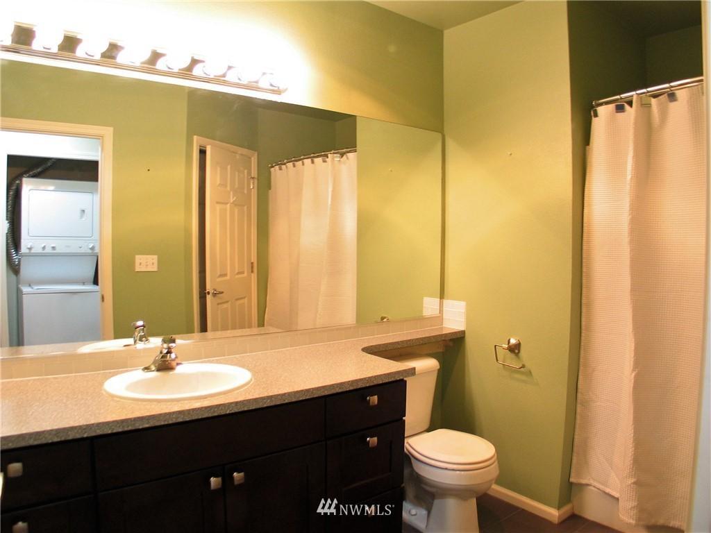 Sold Property | 18 Dravus #203 Seattle, WA 98109 5